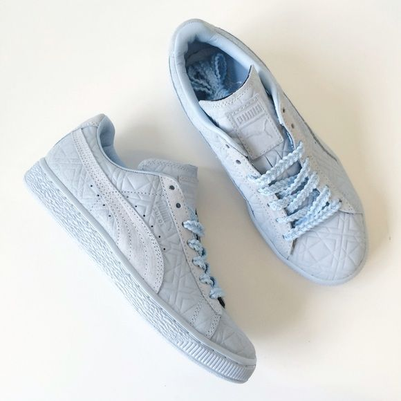 NIB Solange Suede Classic Sneakers Totally rad baby blue Pumas designed by Solange! Brand new in original box!  NIB / retail  size 6.5 Baby blue suede  Bundle with just ONE more item in my closet for 20% off!   Sorry, no trades! ❌ Puma Shoes Sneakers