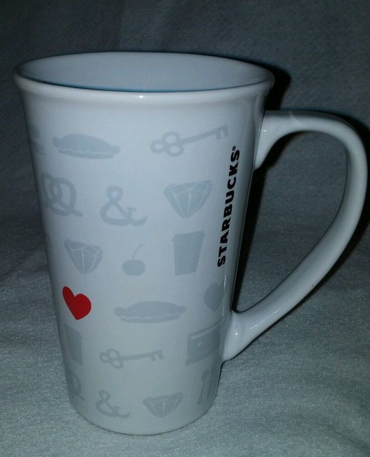 Starbucks Valentines Queen Of Key To My Heart 21 Oz Stoneware Mug EUC  Coffee Tea