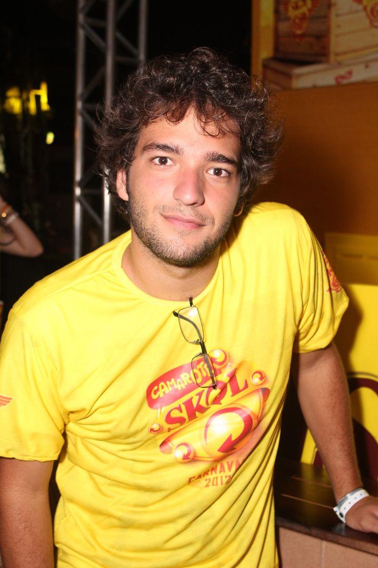 Humberto Carrão - ator e baterista