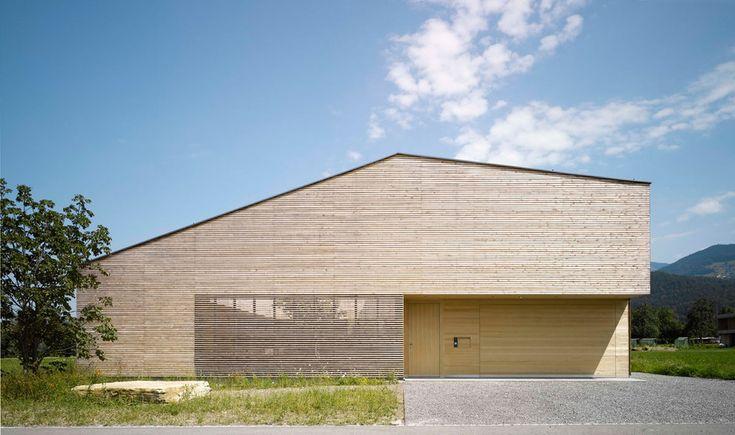 Bernardo Bader - Wooden House With Inner Courtyard - 2013