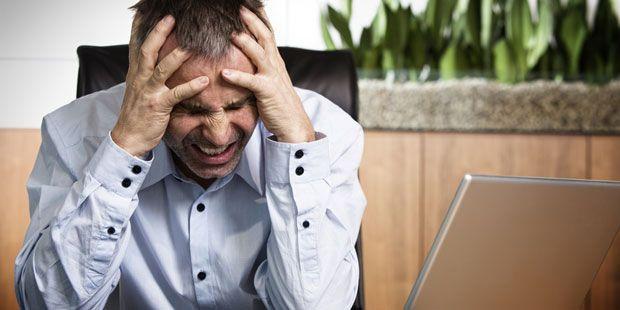 Welche Symptome hat Migräne, wie sieht die beste Behandlung aus und was sind wirksame Hausmittel