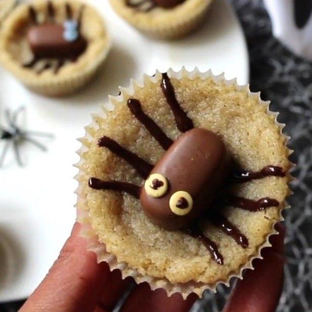 """261 gilla-markeringar, 6 kommentarer - Fixa Själv: DIY + Pyssel + Bak (@fixasjalv) på Instagram: """"De här spindelgrottorna gjorde jag till halloween förra året i samarbete med Dumle och…"""""""