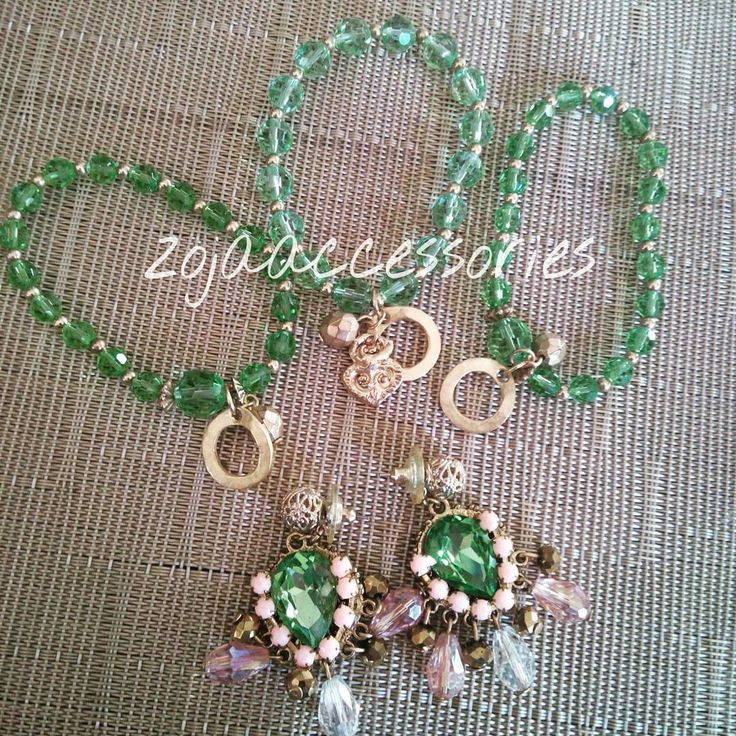 Listos! Para su entrega #green #handmadeaccesories #Brazaletes #earrings #zojaccessories #zojastudio #fashion #instablogger #instafashion #aretes #moda