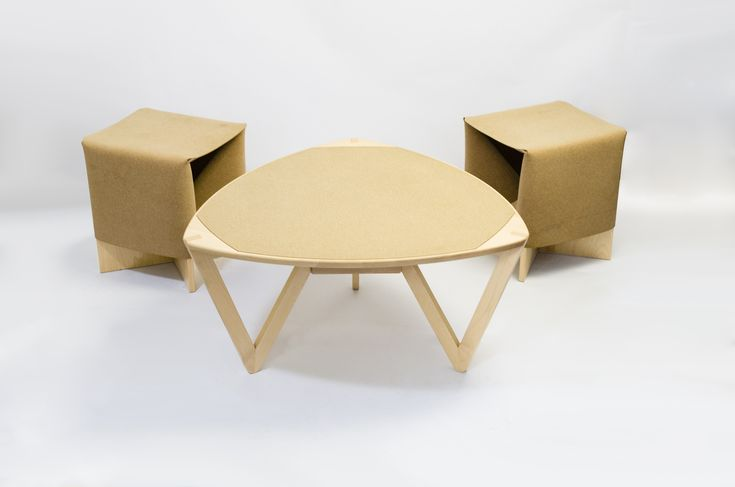 NEST COLLECTION M11 Table with B1 Stools