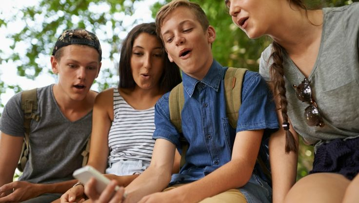 As they say, there's an app for that! And for students, this is especially true. We've rounded up the best free apps for students to study, grow, and laugh.