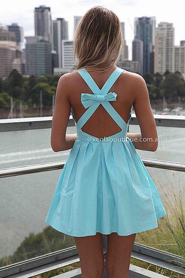 .vestido con espalda descubierta