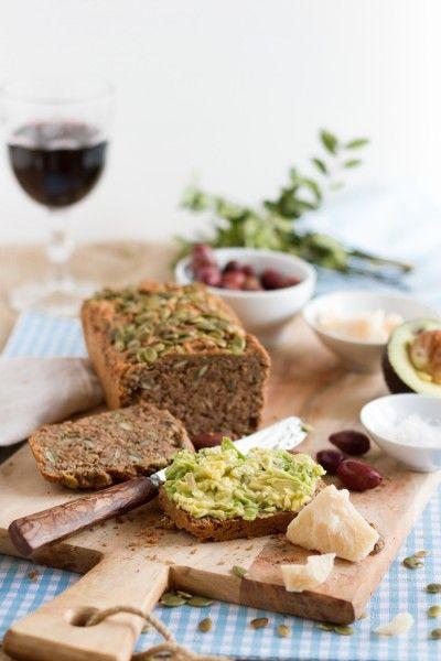 Low Carb Brot mit Kürbiskernen & Sonnenblumenkernen I Low Carb Bread with Pumpkin Seeds and Sunflower Seeds I haseimglueck.de