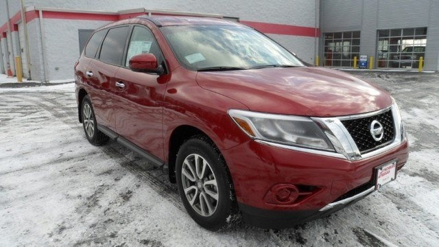 Lease a new 2013 Nissan Pathfinder S offered at $Call, for $Call a month in Forest, VA 24551 | Forest, VA 24551 | Lynchburg Nissan