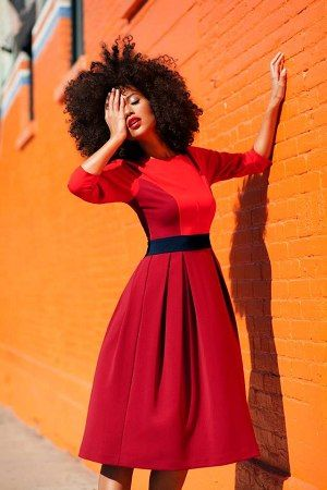 Cute red dress and curly hair...Source: browngurl - http://browngurl.tumblr.com/post/66835579456