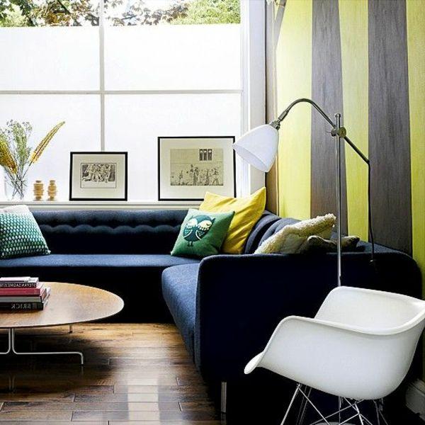 Streifentapete Ideen, Die Den Innenraum Eleganter Erscheinen Lassen Und Den  Stil In Szene Setzen. In Den Räumen, Wo Man Oft Gäste Empfängt, Sorgt Man  Immer