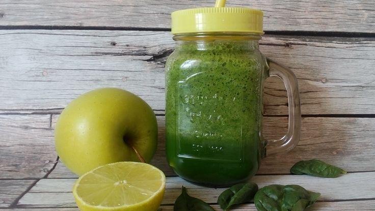 Spenótos smoothie recept uborkával és zöldalmával! Frissülj fel diétás smoothie receptemmel! Fogyókúra alatt bármennyi fogyasztható belőle! RECEPT >>>