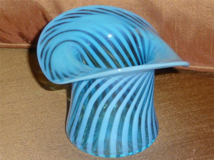 Sold Vintage Fenton Art Glass Blue Top Hat Vase Curled Spiral Swirl Optic Fenton Art