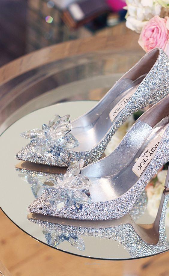 25 Fabulous Wedding Shoes For Brides To Look Elegant - EcstasyCoffee