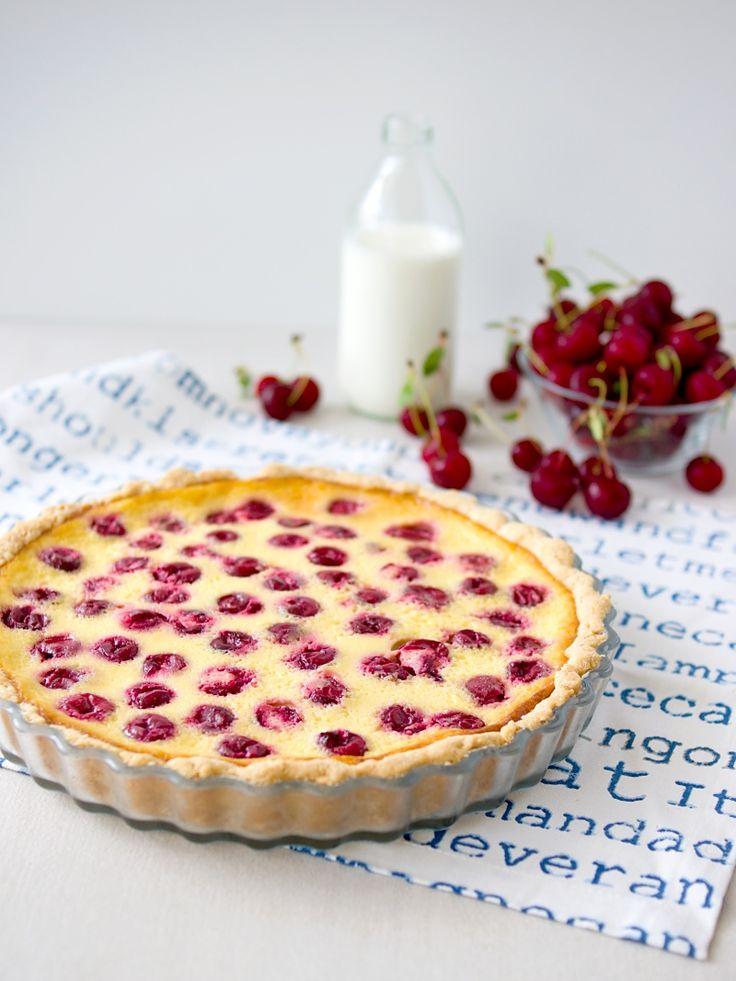 Pradobroty: Višňový koláč se smetanovým krémem