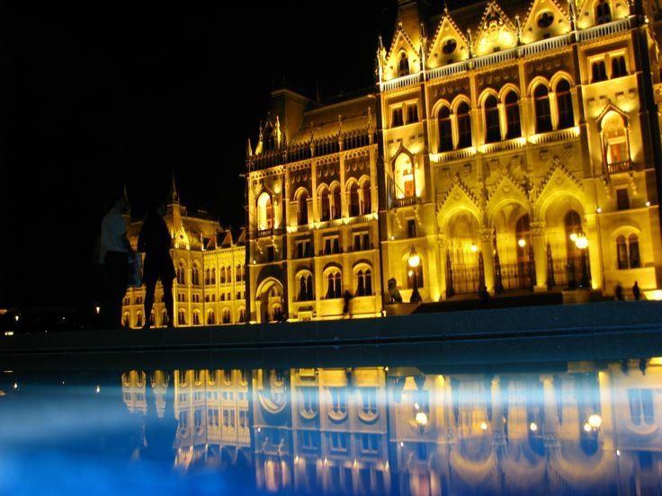 #Parlament kék ködben #Budapest by #night