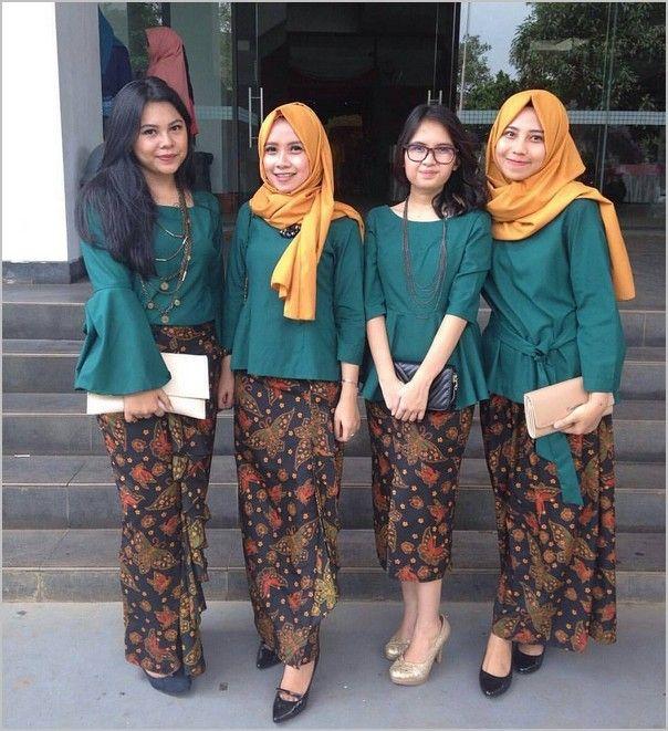 10 Model Baju Batik Pesta Wanita Muslim Modern -