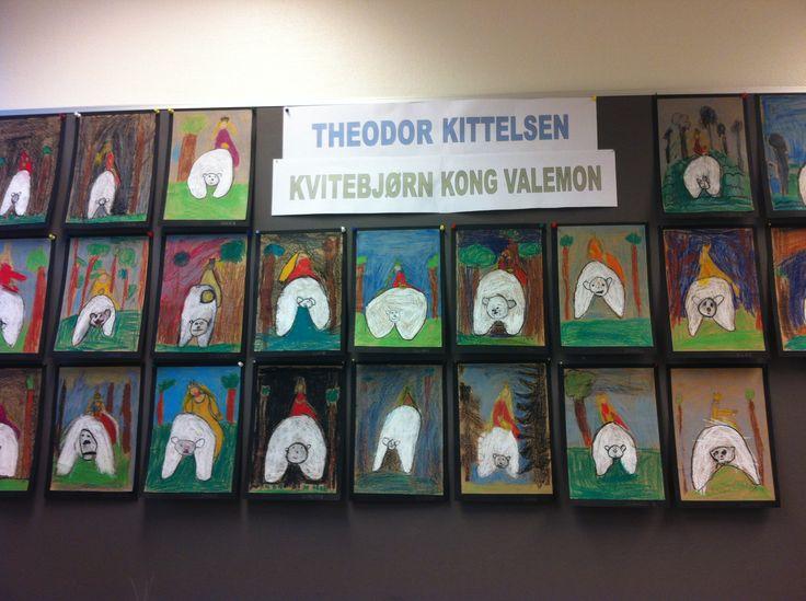 Vi skulle bli kjent med kunstneren Theodor Kittelsen. Elevene lagde utstilling i klasserommet av egenproduserte bilder av Kvitebjørn Kong Valemon. Vi brukte fettfarger/akvarellfarger(uten vann) på papp.