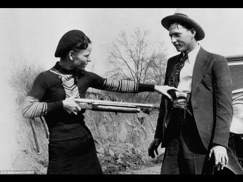 Бонни Паркер и Клайд Бэрроу, в начале 30-х годов колесившие по Америке, были безжалостными убийцами, но оказались увековеченными в фильмах, песнях и легендах.