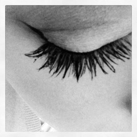 Eyelashes, long eyelashes