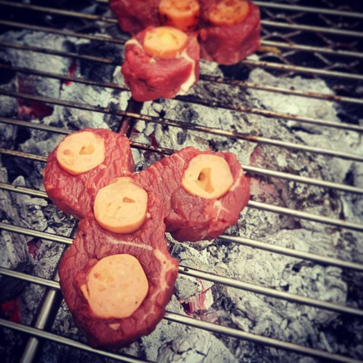Steak Spinner (A Meaty Fidget Spinner) - by @BraaiBoy