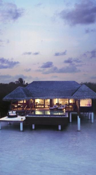 Feel pure serenity in a private villa in the #Maldives.