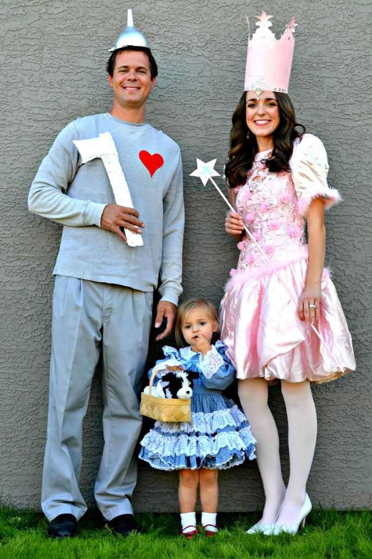 best 25 twins halloween costumes ideas on pinterest twin girl costumes funny baby halloween. Black Bedroom Furniture Sets. Home Design Ideas