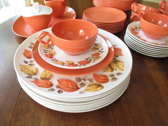 Hey, I found this really awesome Etsy listing at https://www.etsy.com/listing/220003114/vintage-oneida-melamine-dinnerware-set