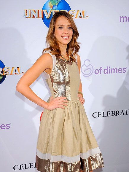 The beautiful Jessie Alba and her fun gold dress.