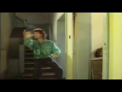 Musicless Musicvideo / David Bowie & Mick Jagger - Dancing In The Street | http://laughingsquid.com/a-musicless-version-of-the-1985-music-video-for-the-song-dancing-in-the-street-by-david-bowie-mick-jagger/