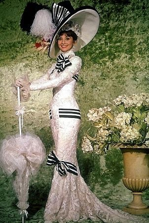 I have always loved this outfit of Eliza Doolittle's. May be one of my favorite movie costumes ever.