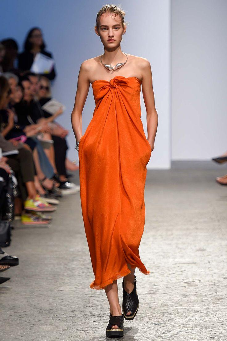 Max Mara spring 2015 ready to wear collection. See more: #MaxMaraAtFip, #FashionInPics