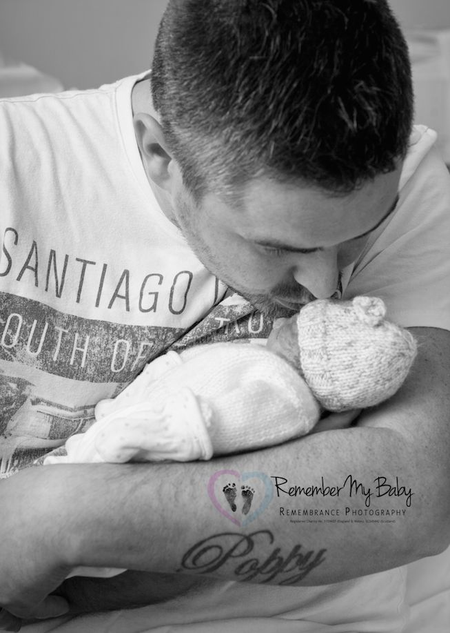 Grieving Parents Take Photos Of Stillborn Babies To Cope With Their Loss - Remember My Baby Photography Series