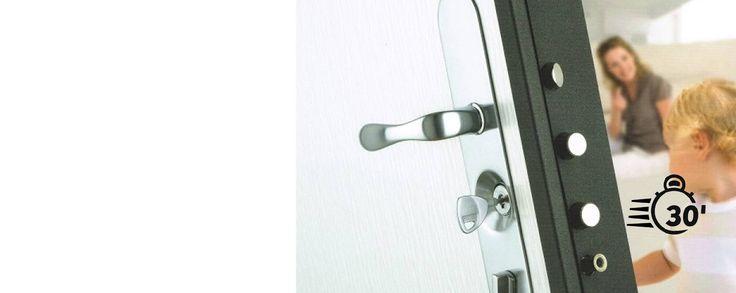 en cas d appel uds serrurier paris 8 ou l 39 un dans votre d partement viendra chez vous dans les. Black Bedroom Furniture Sets. Home Design Ideas