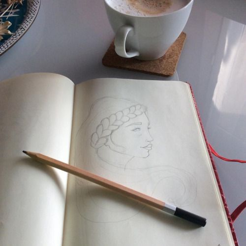 Bonjour! For me the best way to start a Monday is #sketching :) What is yours? | #draw #morning #happymonday #drawing #doodle #coffee #design #illustration https://www.instagram.com/p/-syEF6QQIE/