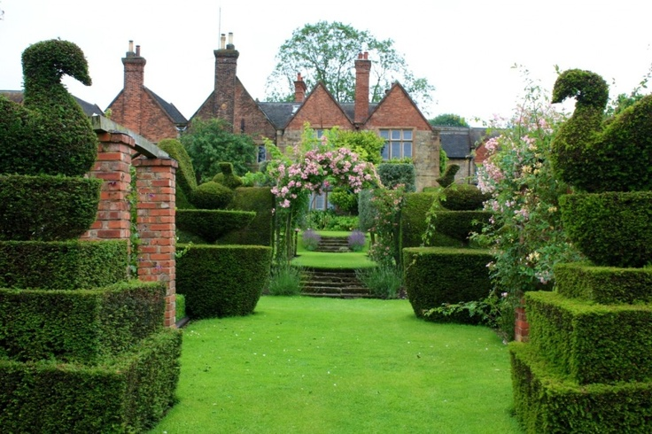 Felley Priory, Nottinghamshire - A lovely venue for a vintage wedding!