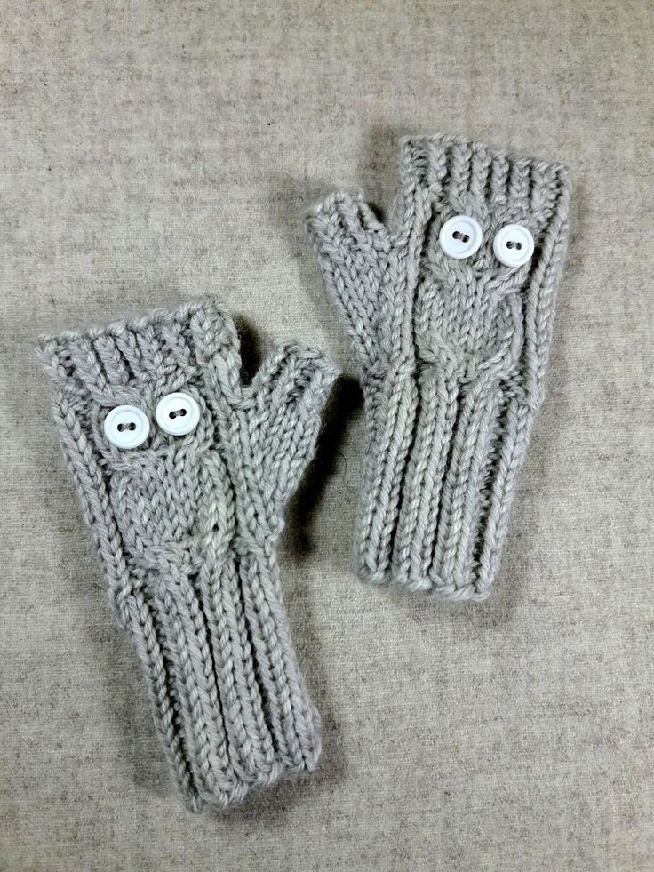 Armstulpen für Kleinkinder, mit eingestrickter Eule, weiche kuschelige Wolle, Farbe grau, natur, Geschenk für Kinder, Handschuhe