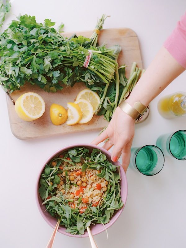 6 Healthy Spring Salads To Try   theglitterguide.com