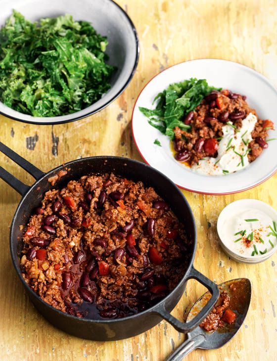 The real deal chilli con carne | This gluten free recipe from David Lesniak and David Muniz is perfect for these cold autumn nights! Leave the chilli on a low heat to simmer all afternoon this weekend for a beautifully fragrant and spicy chilli