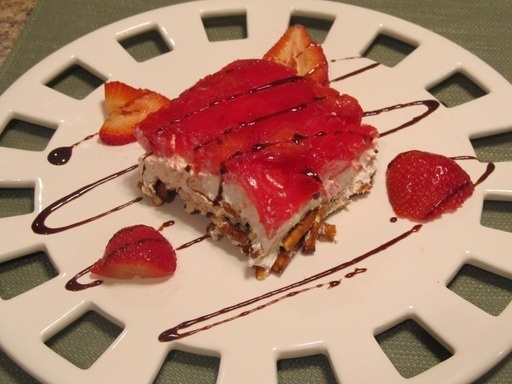 Strawberry Pretzel Salad: Strawberry Pretzel Salad, Strawberries Pretzels Salad, Fabulous Food Salad