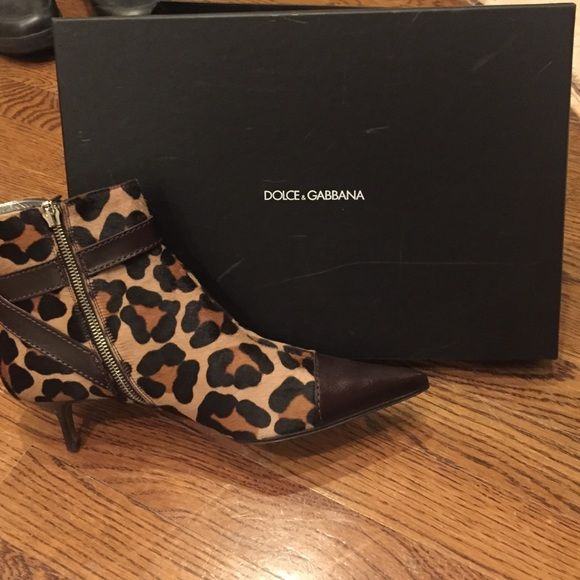 Dolce and gabbanna leopard ankle boot Dolce & gabbanna ankle boot with brown leather Dolce & Gabbana Shoes Heeled Boots