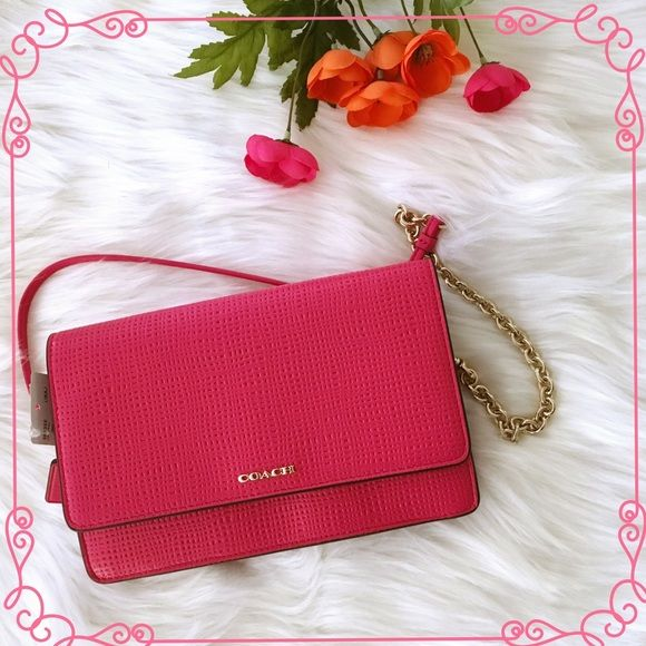Pink Coach Purse  Pink Coach Crossbody with gold hardware ✨ Gorgeous purse and it's an amazing addition to your spring and summer closets  In love with this piece  Coach Bags