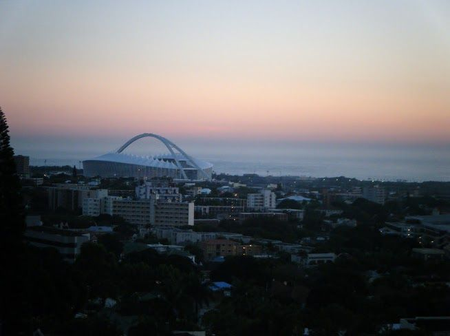 Explore Durban. Durban Travel Tips.  Where to Stay. Durban is less that 1 hours flying time from Johannesburg and is situated in the province of KwaZulu-Natal, on the east coast of South Africa.