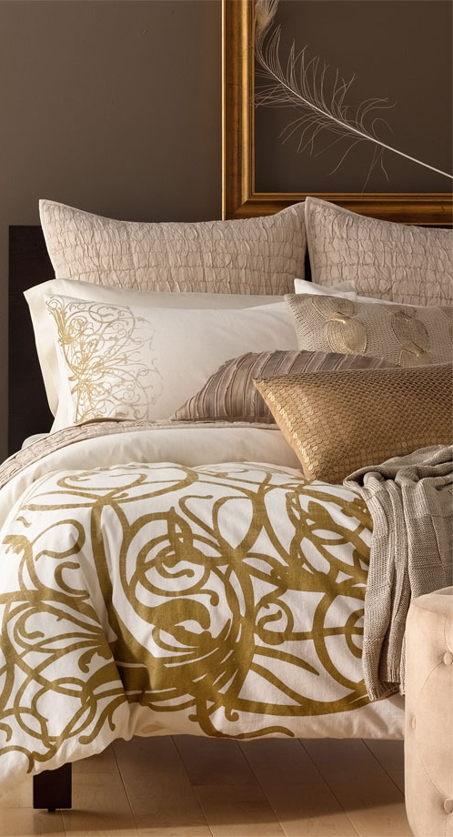 32 Stunning Luxury Master Bedroom Designs Photo Collection: Hidden Treasures Bedding Collection