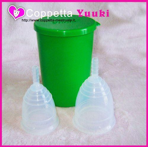 Yuuki è prodotta in Repubblica Ceca in silicone medicale Silopren LSR 4050 .Disponibile con l'infuser o sacchettino cotone https://www.coppetta-mestruale.it/yuuki.php