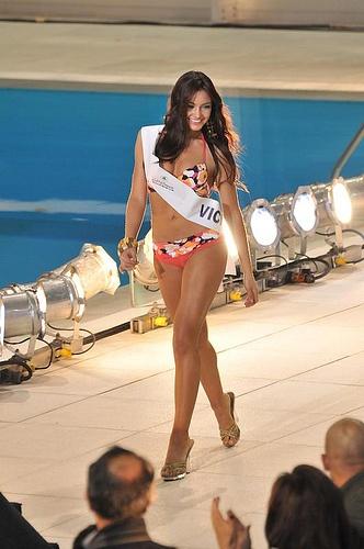 """Desfile Miss Mundo Colombia 2008  """"El Concurso Nacional de Belleza de Colombia es un importante certamen que busca la integración nacional a través de la belleza de las mujeres del país, convirtiéndose en uno de los eventos más significativos a nivel nacional."""" Wikipedia"""