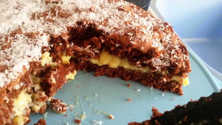 Receitas da Carlita: Bolo de coco e chocolate com recheio de creme de pasteleiro