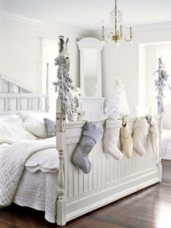 White Christmas Decorations | All White Bedroom