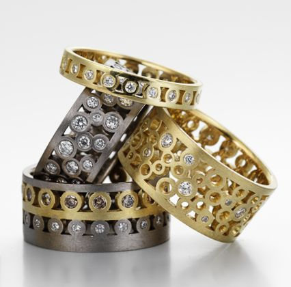 selection of signature rings