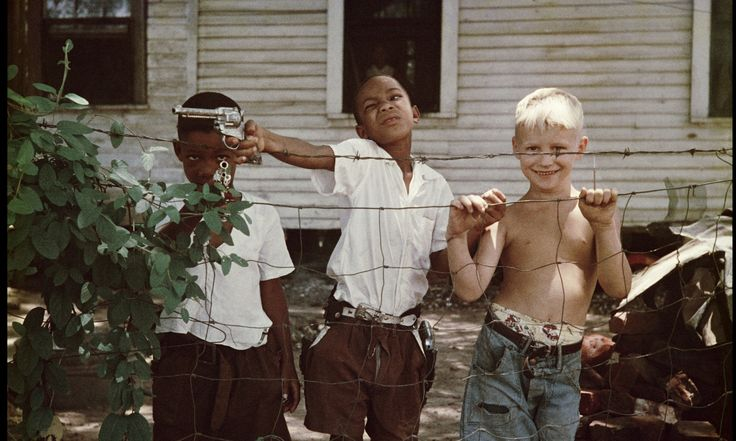 Gordon Parks: Segregation Story #photography #RaceIssues #Exhibitions