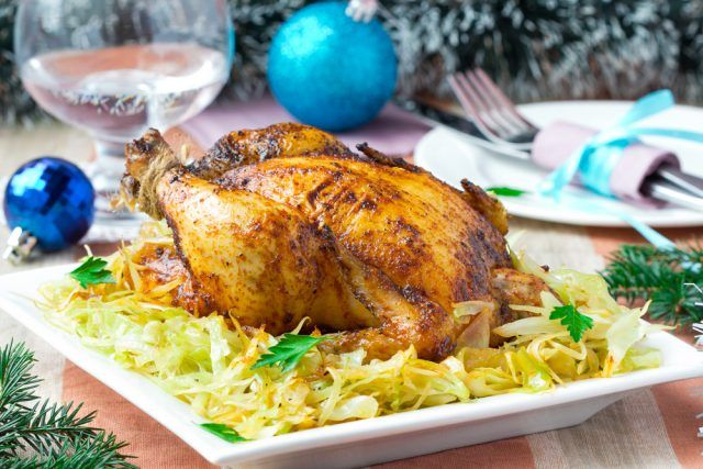 Pollo relleno de carne picada para una cena de Navidad de lujo  #PolloRelleno #PolloRellenoDeCarne #RecetasDePollo #RecetasFáciles #CocinarPollo #RecetasDeNavidad #Navidad
